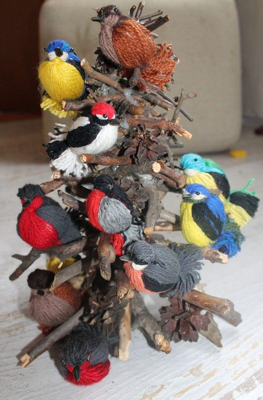 Как сделать птичку из ниток своими